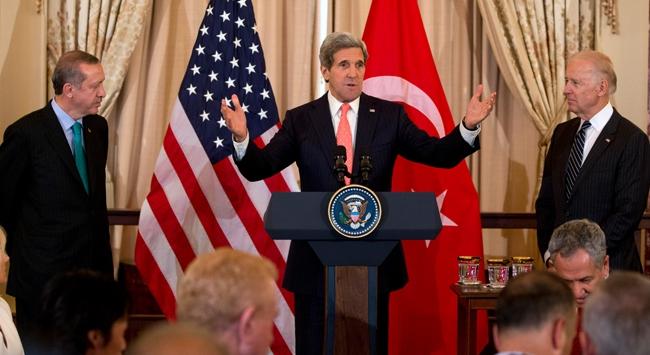 John Kerryden Türkçe jesti