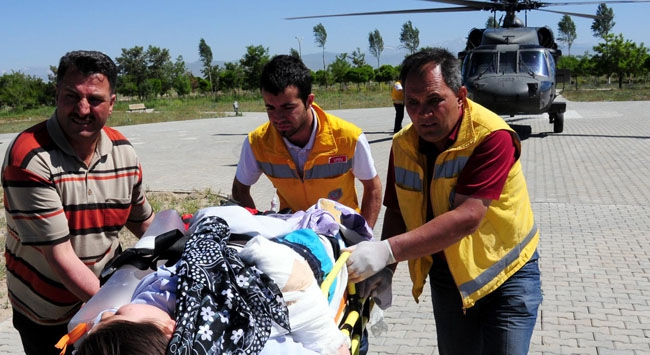 Vanda midibüs devrildi: 31 yaralı