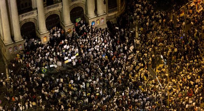 Brezilya karıştı: Son zamlar bardağı taşırdı