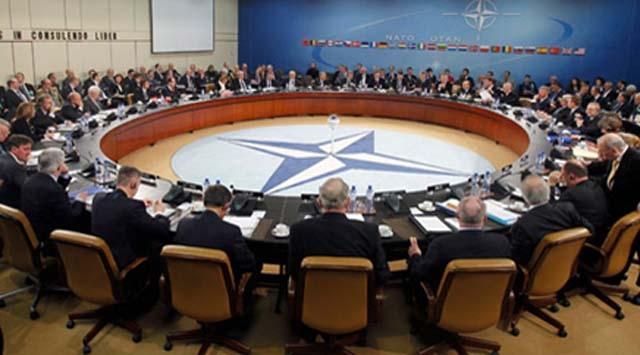 """NATOnun Libyadaki Faaliyeti Bitti"""""""
