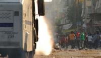 İstanbul'da Caddeye Ses Bombası Atıldı