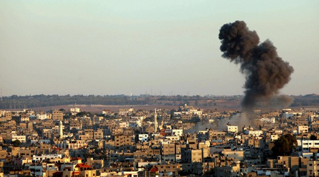 İsrail Gazzeye saldırdı