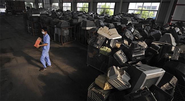 O fabrika kapandı