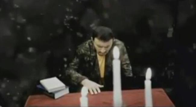 Mustafa Topaloğlundan rock şarkı