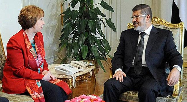 AB Temsilcisi Catherine Ashton Mursi ile görüştü