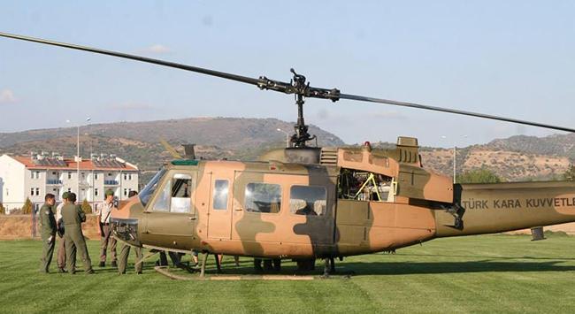 UH-1H model askeri helikopter ile ilgili görsel sonucu