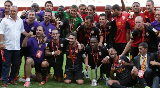 Galatasaray Londrada şampiyon