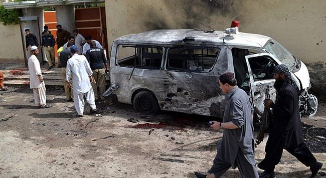 Pakistanda intihar saldırısı: 38 ölü