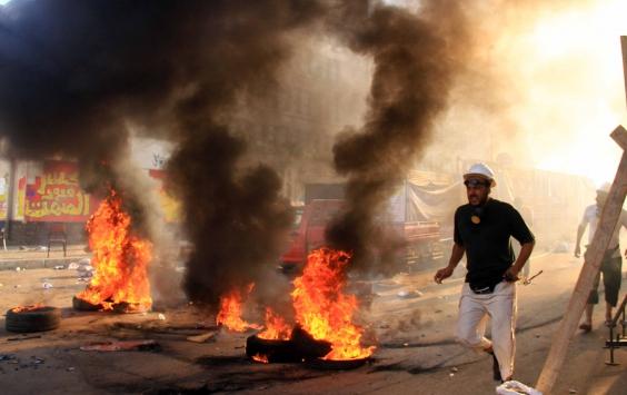 İçişleri Bakanının konvoyuna saldırı