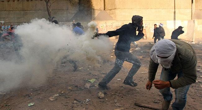 """""""Mısır bombalı demokrasi yolunda ilerliyor"""""""