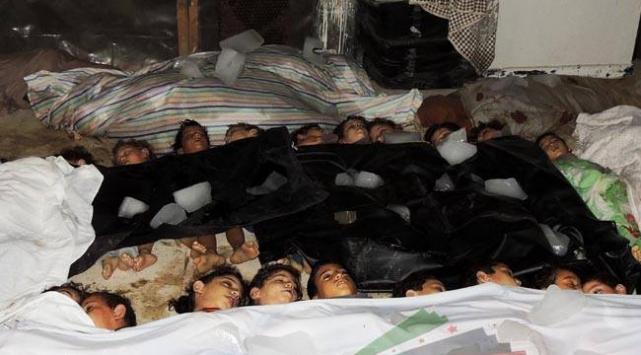 İşte Suriyede kimyasal silahla katliamın görüntüleri