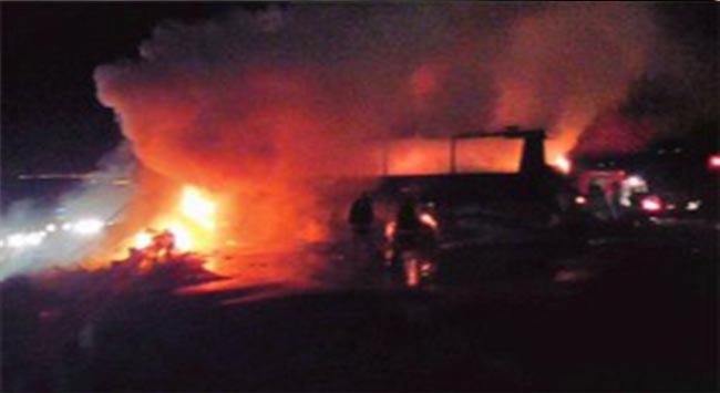 Trafik kazasında yanarak can verdiler