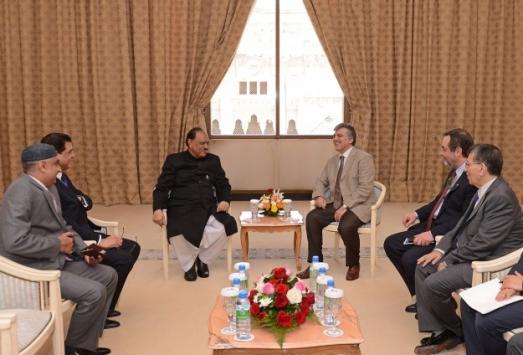 Cumhurbaşkanı Gül, liderlerle görüştü