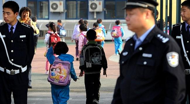 253 öğrenci ve 2 öğretmeni hastanelik oldu