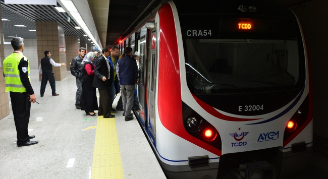 Marmarayda yolcu sayısı bir milyonu aştı