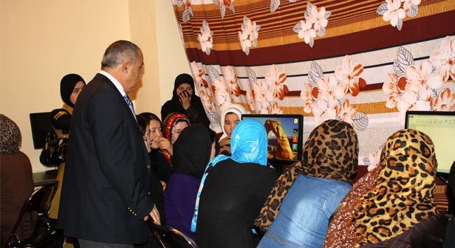 TİKAdan Afgan kadınlarına kurs hizmeti