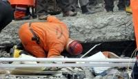 Depremde 4 Kişi Kayıp