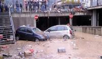 İtalya Sel ile Boğuşuyor