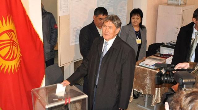 Kırgızistanın Yeni Cumhurbaşkanı Atambayev
