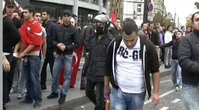 Terör Yandaşları Bu Kez Pariste Saldırdı