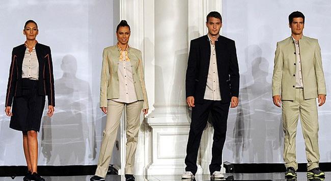 Kızlar modaya erkekler markaya bakıyor