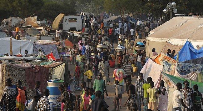Sudanda 180 bin kişi evinden oldu