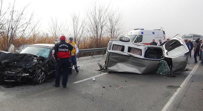 Manisada trafik kazası: 1 ölü 3 yaralı