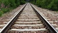 Bir Saat Arayla İki Kişi Tren Altında Kaldı