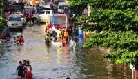 Tayland'da Sel Kabusu Sürüyor