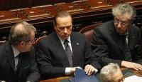 Berlusconi Çoğunluğu Kaybetti