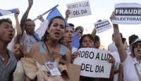 Ortega Karşıtları Sokağa Döküldü