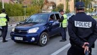 Fransız Polisi Yılbaşında Araba Kundaklamalarını Önlemek İstiyor