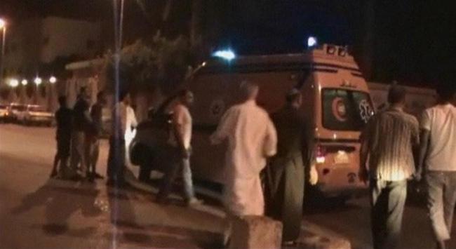 Mısırda polis aracına saldırı