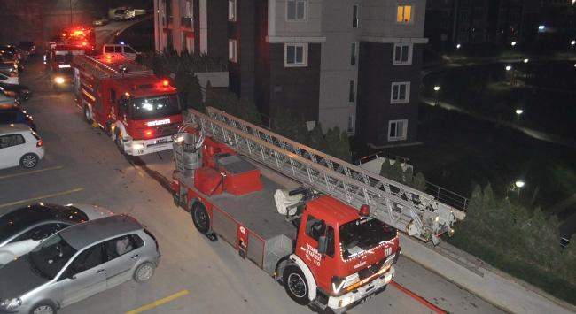 22 katlı binada yangın çıktı