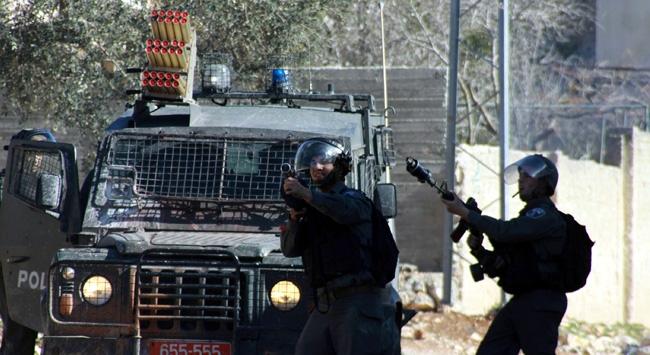 İsrail askerleri ile Filistinliler çatıştı