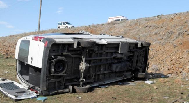 Bingölde trafik kazası: 20 yaralı