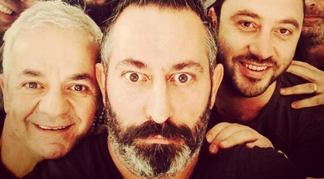 Cem Yılmaz'dan TDK'ya 'selfie' önerisi