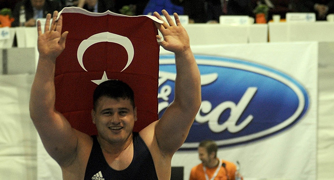 Rýza Kayaalp 4. kez Avrupa Þampiyonu