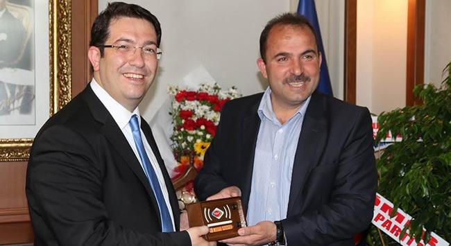 Başkan Yazgı'ya TRT radyosu sürprizi