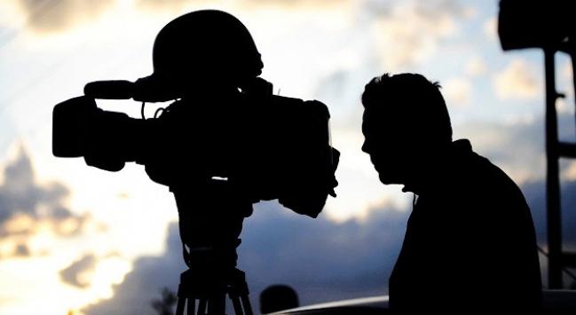Suriye'de televizyon ekibine saldırı