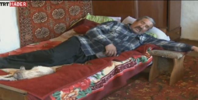 Esrarengiz hastalık 3 gün uyutuyor