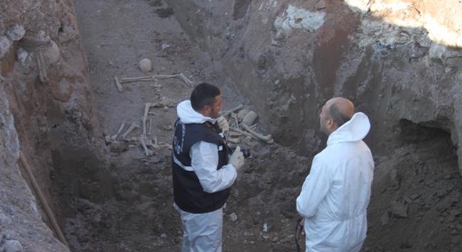 Kazıda insan kemikleri bulundu