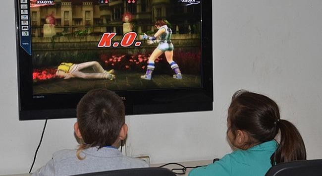 Bilgisayar oyunları şiddeti normalleştiriyor