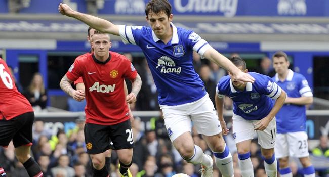 ManU'ya bir darbe de Everton'dan