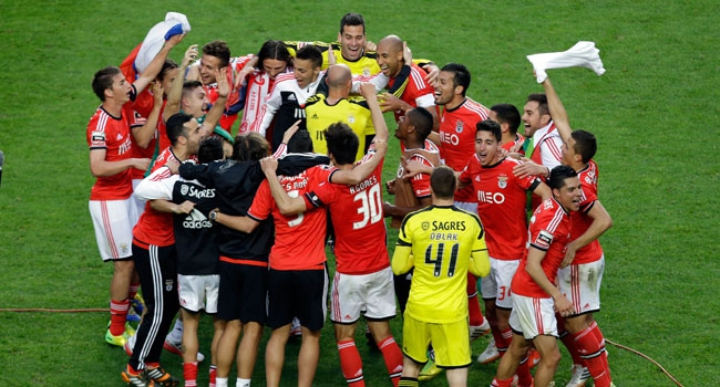 Şampiyon Benfica
