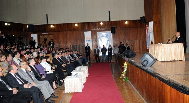 Hitit Üniversitesi'nde 'Kıbrıs Sorunu' konferansı