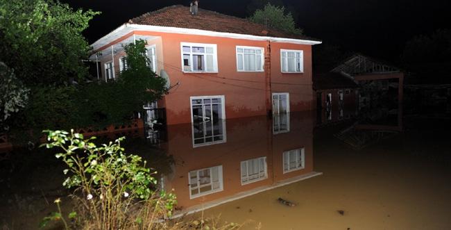 Edirnede şiddetli yağış