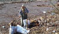 Sahilden 15 ton çöp toplandı
