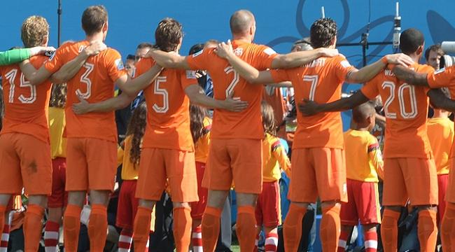 Hollanda Türkiye maçına doğru