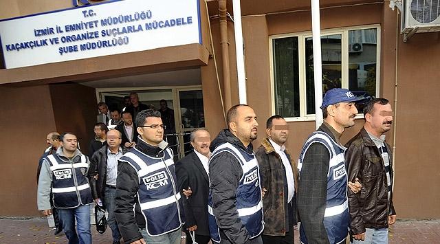 İzmirdeki 2. Dalga Operasyonda 11 Tutuklama